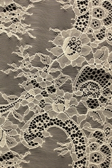 Chantilly Lace0
