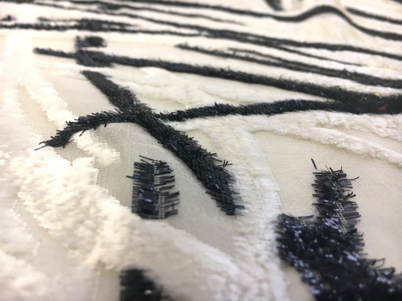 Silk and Lurex Burnout Velvet with Abstract Strokes2