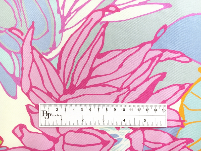 Printed Silk Twill with Illustrated Flowers1