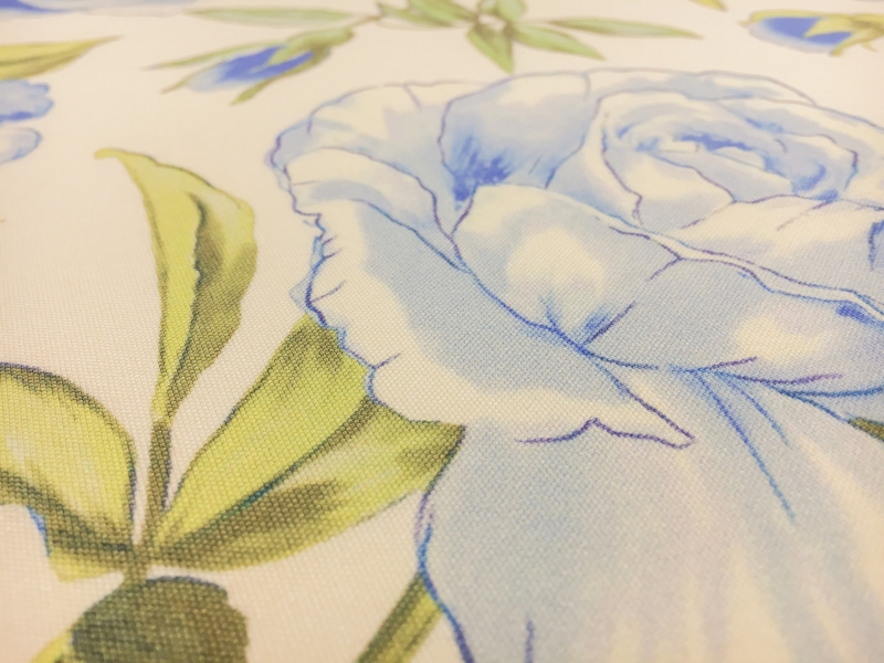 Printed Silk Canvas with Large Roses2