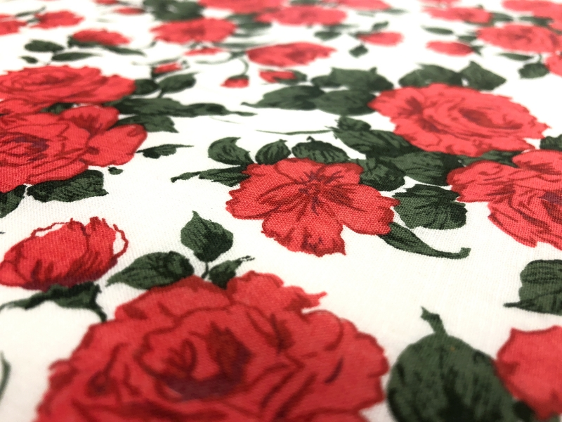 Liberty of London Linen Cotton Red Roses Print 2