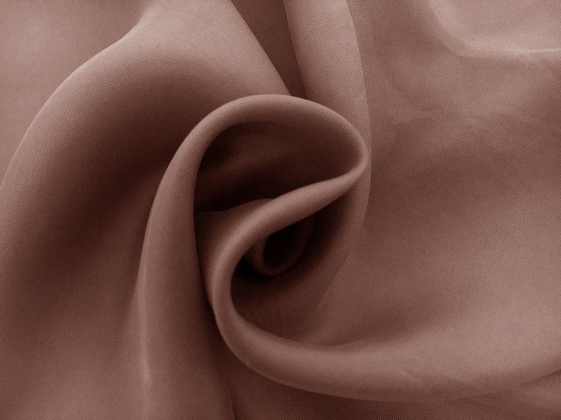 Cupro and Viscose Blend Soft Twill in Dusty Pink1