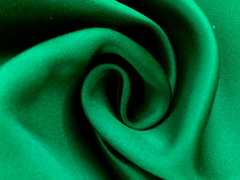 Double Face Twill Back Silk Satin in Emerald1