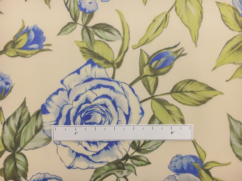Printed Silk Canvas with Large Roses1