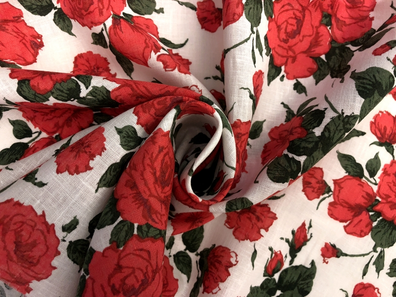 Liberty of London Linen Cotton Red Roses Print 1